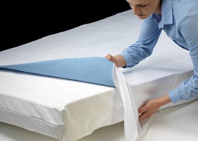 Incontinentie bed onderlegger met instopstrook - 1800 ml  Granit